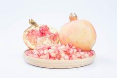 Äter sund frukt för granatäpplen ny frukt eller fruktsaft Royaltyfri Fotografi