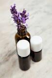 Ätherisches Öl des Lavendels stockbilder