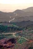 Äthiopische dunstige Hügel, Straße und Landschaft - Afrika szenisch Stockbilder