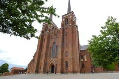 Äußeres der Kathedrale von Roskilde in Dänemark Lizenzfreie Stockfotografie