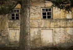 Äußeres des alten Gebäudes stockfotografie