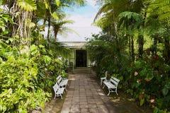 Äußeres des alten Kolonialgebäude Maison-Folios in der Hölle-Bourg, Reunion Island lizenzfreies stockfoto