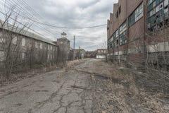 Äußeres einer verlassenen Fabrik Lizenzfreies Stockbild