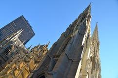 Äußeres von St Patrick Kathedrale, NYC Stockfoto