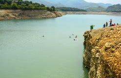 Äventyrligt ställe - Khanpur sjö, Pakistan Royaltyfria Foton