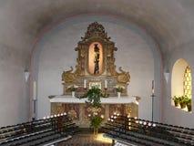 卡默利特平纹薄呢教会的内部在Beilstein,莱茵兰-普法尔茨,德国 库存照片