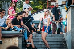 叶先图基,斯塔夫罗波尔疆土/俄罗斯- 2017年8月12日:cosplay oudoors 免版税库存图片