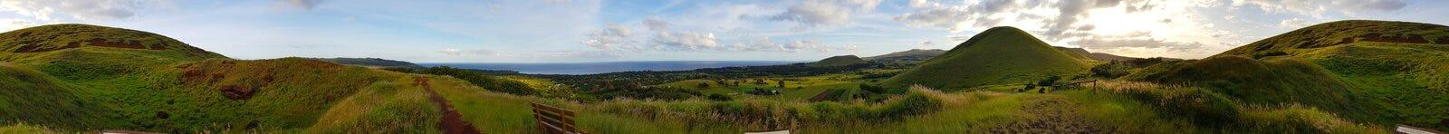 复活节岛风景的看法从普纳岛波城,复活节岛猎物的  免版税库存图片