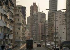 大厦的看法在高速公路的 库存照片