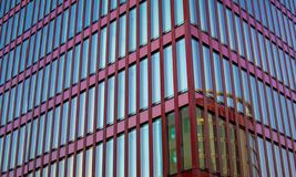 大厦玻璃现代办公室 结构现代都市 玻璃和混凝土建筑的抽象图象 顽皮地 免版税库存图片