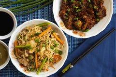 大蒜面条用筷子酱油,顶视图,浦那,印度 免版税库存图片