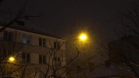 夜雪清扫灯笼,冬天 影视素材