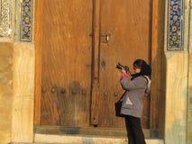 女孩在伊斯法罕 免版税库存图片