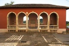 威尼斯式凉廊,Oprtalj,伊斯特拉半岛中部,克罗地亚中世纪镇  图库摄影