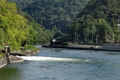 宇治市河看法在历史平等院寺庙邻里在宇治市市,在京都附近,日本 免版税库存图片