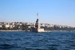 少女塔在伊斯坦布尔土耳其 免版税图库摄影