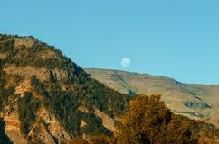 山使满月环境美化 免版税图库摄影