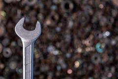 平的被放置的金属工具 免版税库存照片