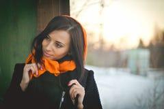 年轻回教佩带的hijab时尚画象  免版税库存图片