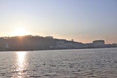 基辅,乌克兰 城市的看法从pedestrrian桥梁的 免版税库存图片