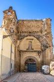 圣尼古拉斯教会的废墟圣尼古拉斯广场的在贝洛拉多,布尔戈斯,卡斯蒂利亚y利昂,西班牙 库存照片