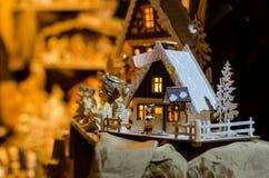 圣诞装饰待售联合国市场 免版税图库摄影