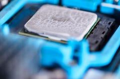 在主板安装的宏观摄影微处理器 免版税图库摄影