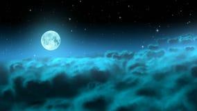 在夜云彩的月亮使成环 股票视频
