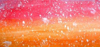 在水平的梯度明亮的桔子和红色背景的抽象水彩 免版税库存照片