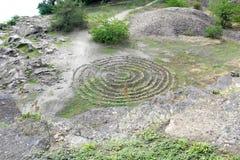 在河岸顶视图的石圈子 在Khortitsa海岛上发现的圣所观测所  库存图片