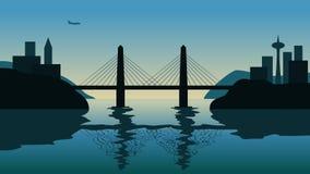 在海峡的索桥反对日落 在城市的飞行的飞机背景的 皇族释放例证