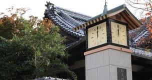 在日本寺庙的古板的钟楼 股票录像