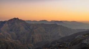 在黄昏,阿拉伯联合酋长国的哈吉尔山 免版税图库摄影