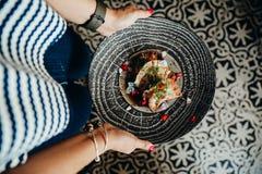 在Casco Viejo,巴拿马第13部分吃食物 免版税库存照片