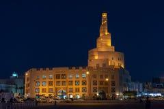 在Souq Waqif,多哈,卡塔尔附近的清真寺 免版税库存照片