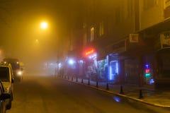 刻痕薄雾在土耳其夏天和假日假期镇 免版税库存图片