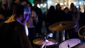 傲德萨,2018年10月20日 街道鼓手在傲德萨 股票录像