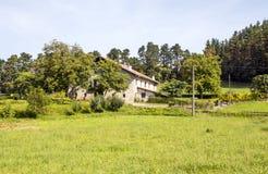 Łąki w wiosce zdjęcia stock