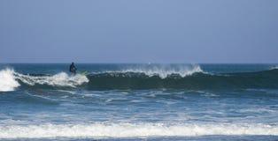 冲浪在Atxabiribil 库存照片