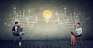 商人配合和创新想法概念 免版税库存图片