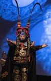 公平地佛罗里达状态的五颜六色的中国马戏团执行者在坦帕 库存照片