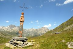 克鲁瓦de Fer的通行证在法国阿尔卑斯 库存图片