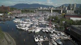 固兰湖岛和小游艇船坞4K UHD 股票录像
