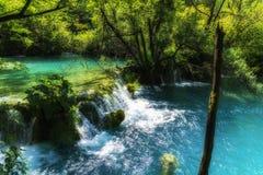 Światło, cień i kolory, Magiczny Plitvice park narodowy zdjęcia stock