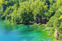 Światło, cień i kolory, Magiczny Plitvice park narodowy fotografia royalty free