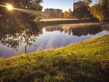 Świt w jesień parku obraz stock