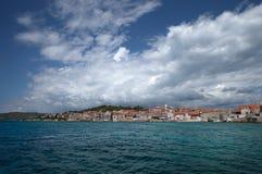 Å-epurine Dorf auf Insel von PrviÄ-‡, adriatisches Meer, Kroatien Lizenzfreie Stockfotografie