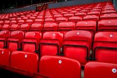 åhörare chairs red fotografering för bildbyråer