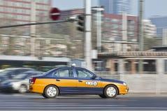 Åk taxi i det upptagna centret, Peking, Kina Royaltyfri Fotografi