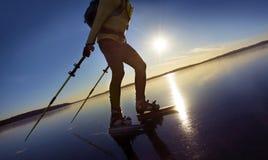Åka skridskor för man Royaltyfri Fotografi